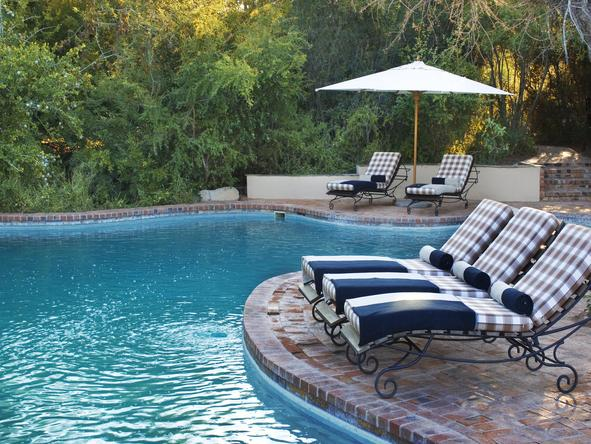 Ngala Safari Lodge - swimming pool