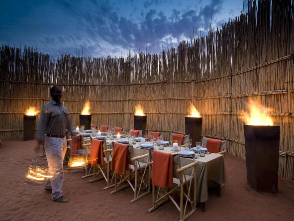 Motse Lodge - boma dinner