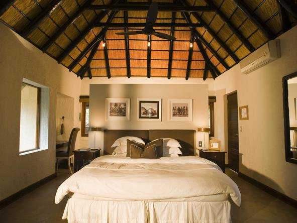 Phinda Mountain Lodge - luxury room