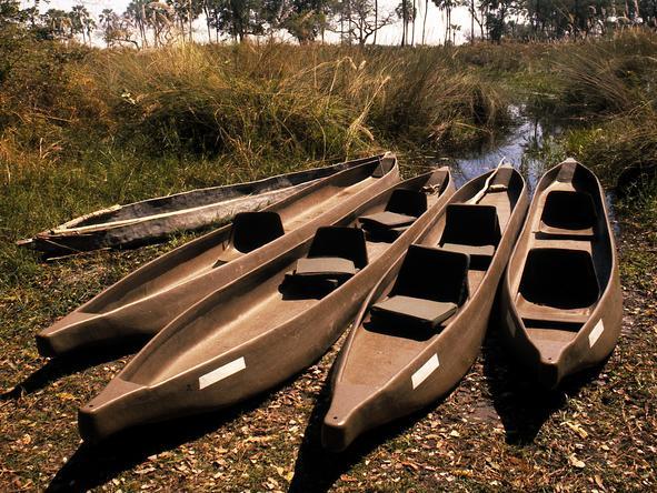 Sandibe Okavango Safari Lodge - mokoros