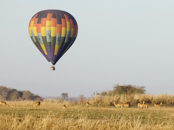 Busanga Bush Camp - balloon safari