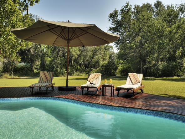 Camp Okavango - pool deck