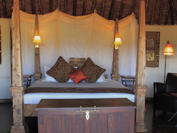 Tawi Lodge - Bedroom