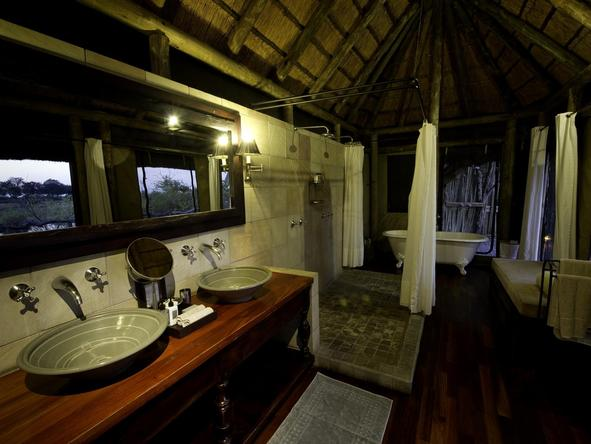 Kings Pool Camp - bathroom