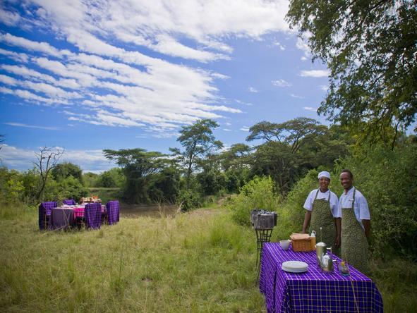 Grumeti Serengeti Tented Camp - bush dining