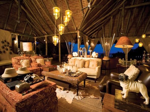 Kichwa Tembo Bateleur Camp - lounge