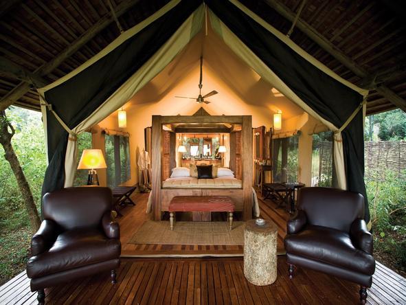 Kichwa Tembo Bateleur Camp - tent exterior