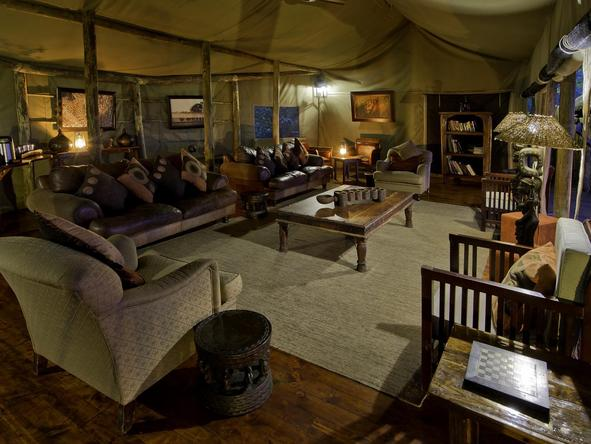 Tubu Tree Camp - lounge