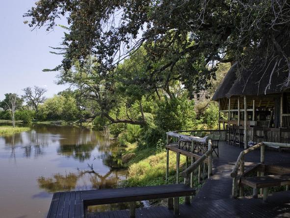 Savuti Camp - walkway