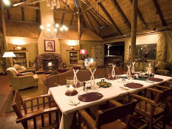 Little Ongava Camp - dining room