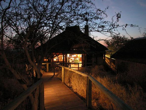 Little Ongava Camp - suite exterior