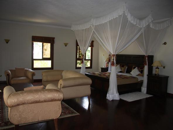 Almanara Luxury Villas - Bedroom