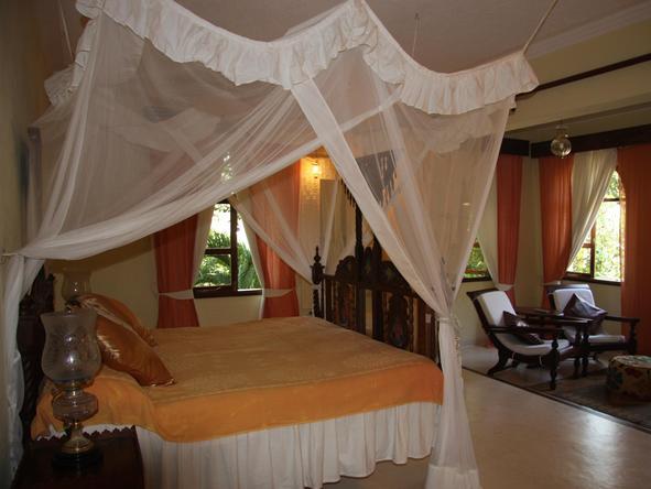 Almanara Luxury Villas - Bedroom 2