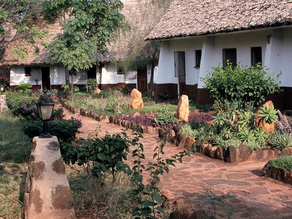 Kilaguni Serena Safari Lodge - outdoors
