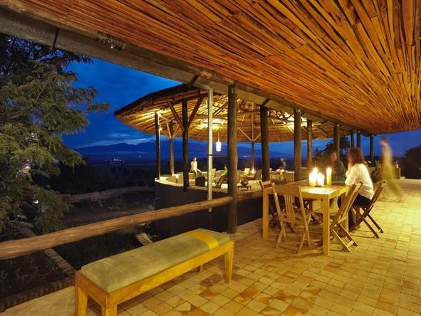 Volcanoes Bwindi Lodge - patio