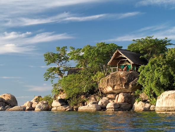 Mumbo Island Camp - rocky room