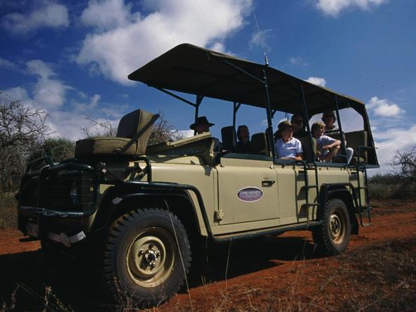 Amboseli Porini Camp - game drive