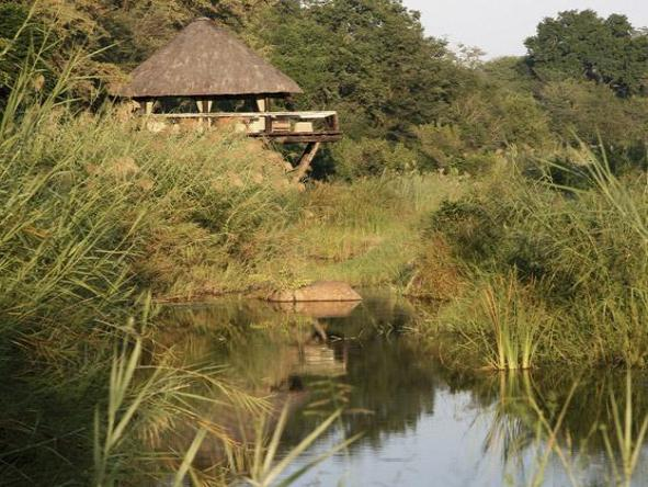 Londolozi Founders Camp - chalet exterior