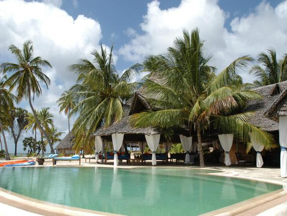 Manda Bay - swimming pool