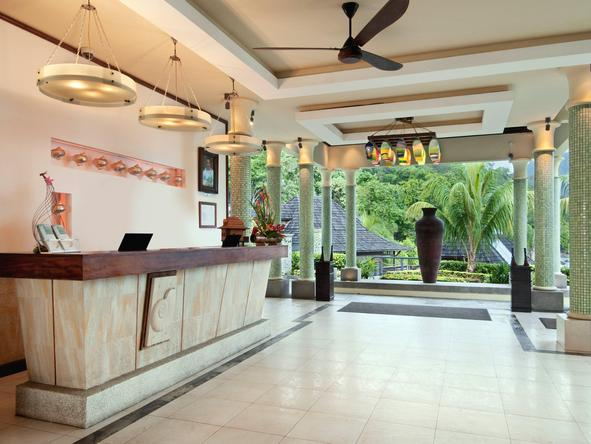 Hilton Seychelles Northolme Resort - main entrance