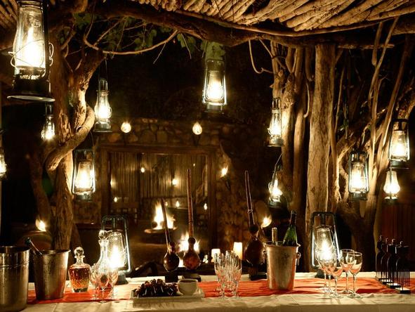 Londolozi Varty Camp - outdoor dining