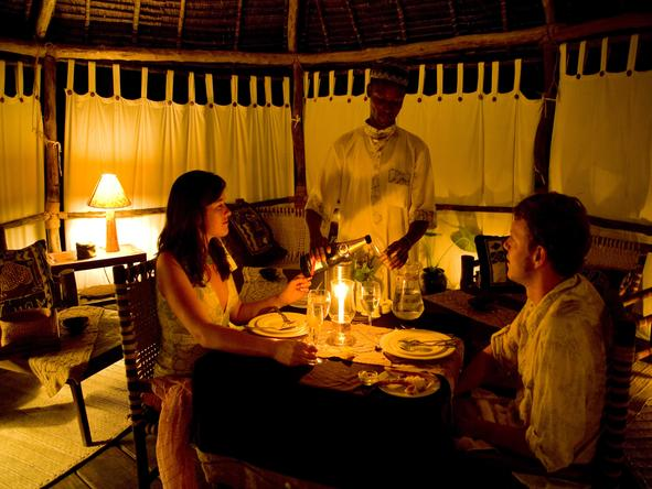Pole Pole Bungalow Resort - dinner for 2