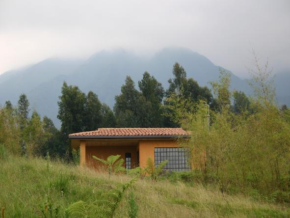 Sabyinyo Silverback Lodge - mountains