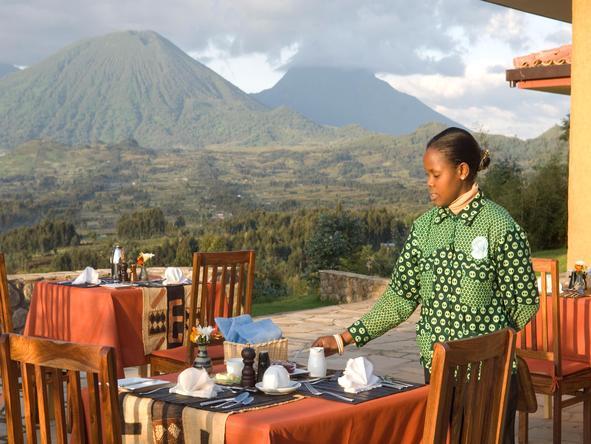 Sabyinyo Silverback Lodge - outdoor dining