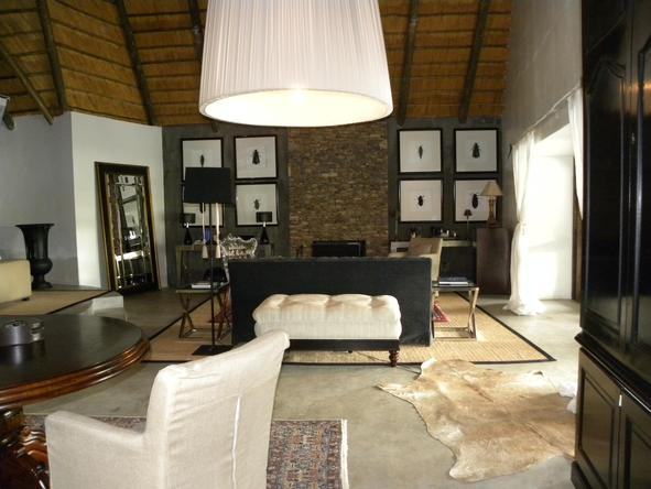Chitwa Chitwa Game Lodge - Lounge