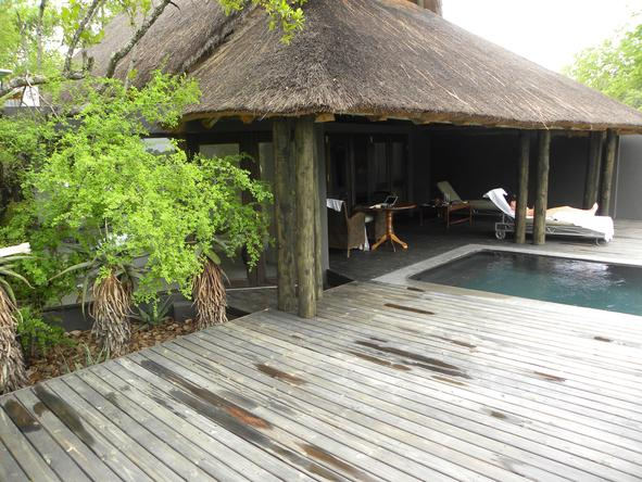Chitwa Chitwa Game Lodge - Pool