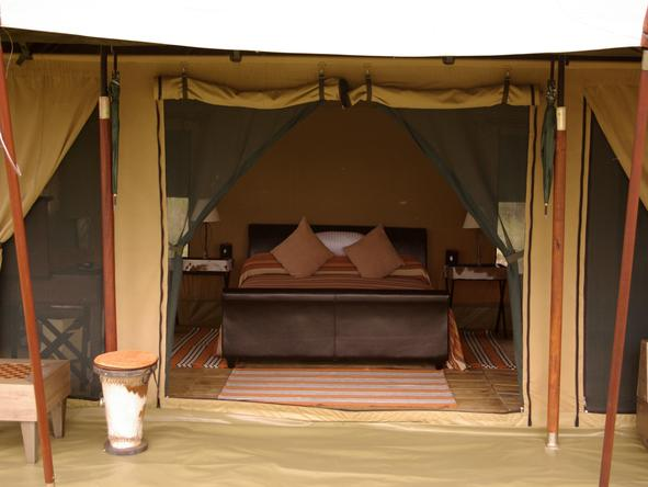 Lemala Mara - tent interior / bedroom