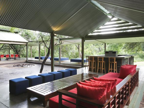 Honeyguide Khoka Moya Safari Lodge - Sitting Area