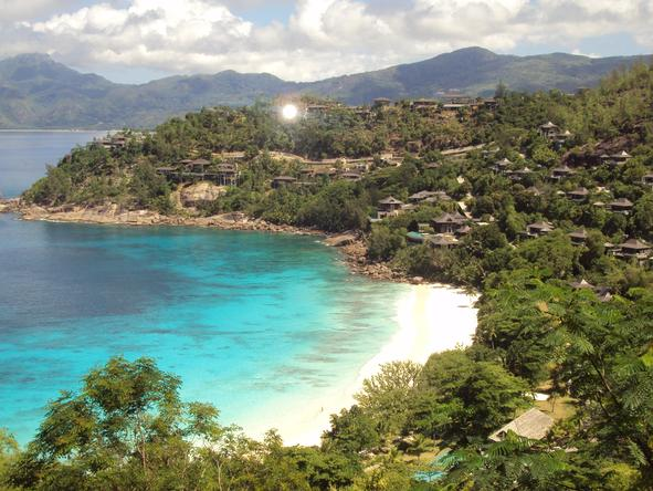 Four Seasons Resort Seychelles - beautiful white beaches on Mahe
