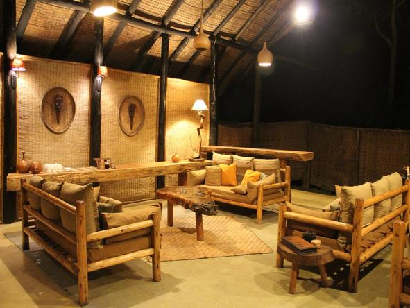 Ishasha Wilderness Camp - lounge