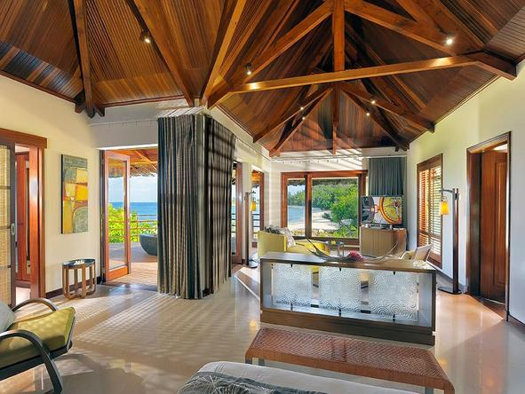 Lemuria Resort Presidential Villa - lounge area of villa