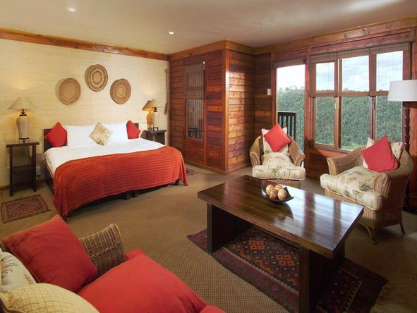Ukhozi Lodge - bedroom