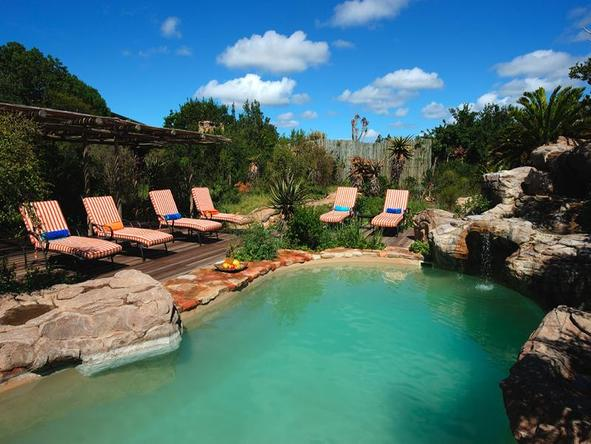 Ukhozi Lodge - pool 3