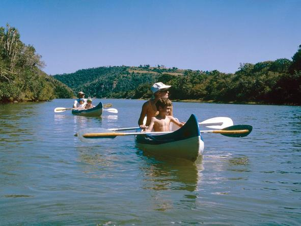Ukhozi Lodge - family canoe trip