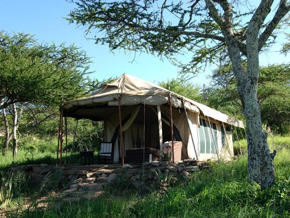 Dunia Camp - tent exterior