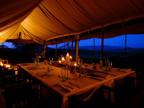 Dunia Camp - dining room at night