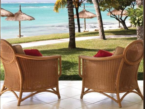 One&Only Le Saint Geran - armchairs on patio