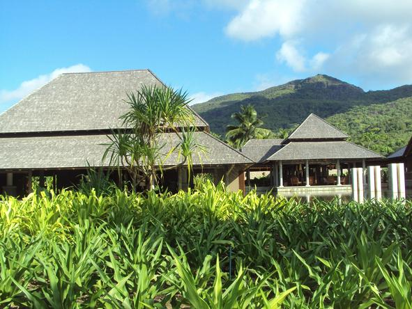 Ephelia Resort - exterior view