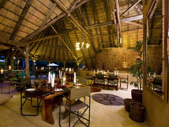 Okonjima Main Camp - lounge and dining