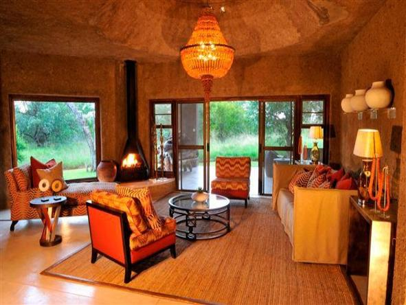Sabi Sabi Earth Lodge - main lounge