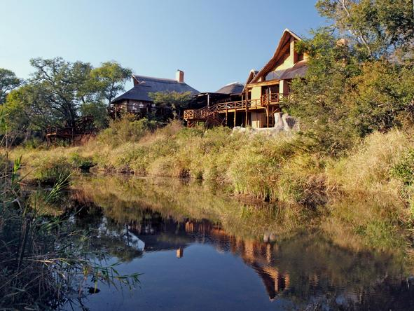 Lukimbi Safari Lodge - river view
