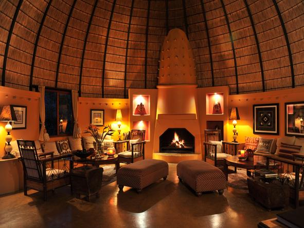Hoyo-Hoyo Tsonga Lodge - main lounge