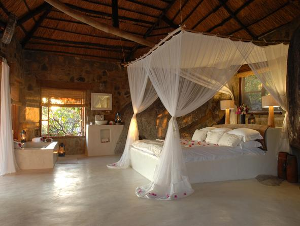 Kaya Mawa Lodge - romantic room
