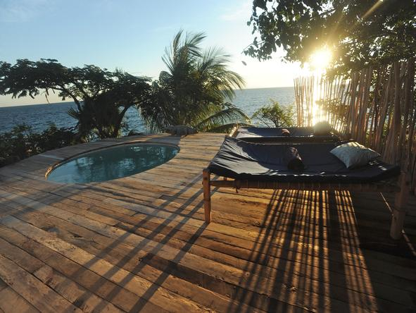 Kaya Mawa Lodge - pool deck