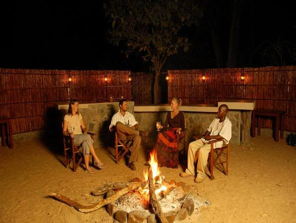 Lugenda Wilderness Camp - boma
