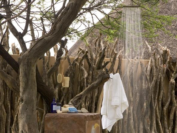 Okonjima Villa - outdoor shower
